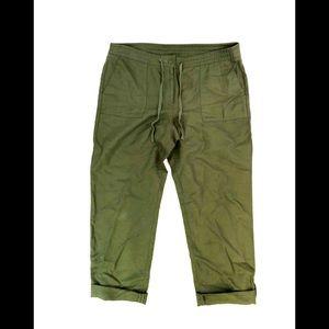 Talbots Green Linen/Cotton Capri Pants